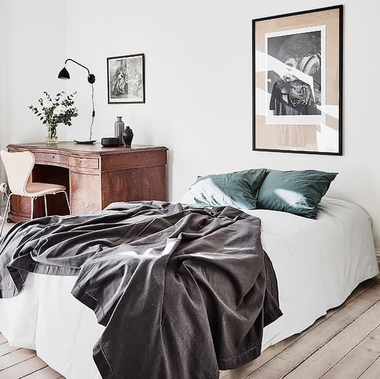 Mary Brown - One Day Design Example of airy and light bedroom interior design and decorating